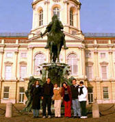 Nazareth College students in front of the Charlottenburg Castle